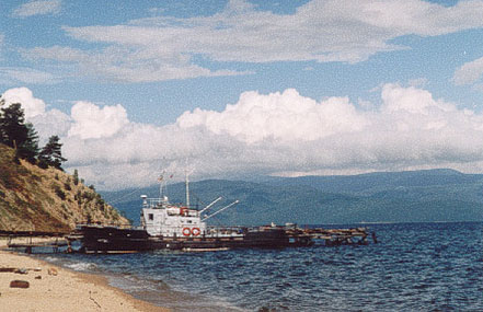A cruise ship that comes to the Snake Bay