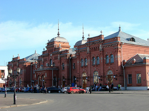 Main Train station in Kazan - photo by Adam Jones / flickr.com/photos/adam_jones/3773476367