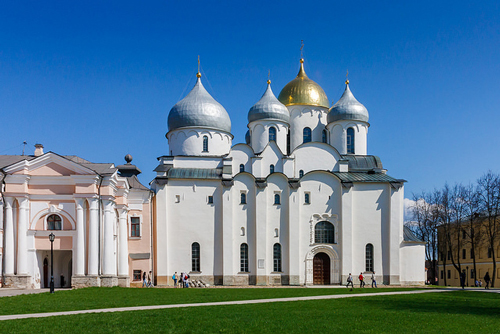 St. Sofia Cathedral in Novgorod - photo by Andrey Gaverdovsky / flickr.com/photos/97199236@N04/26711398732