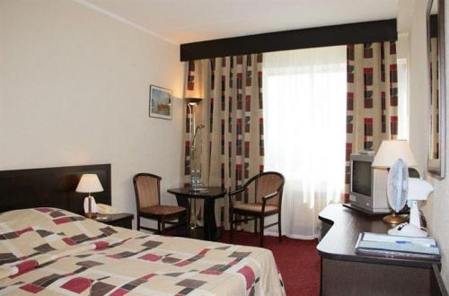 A double room at Izmailovo Gamma-Delta hotel